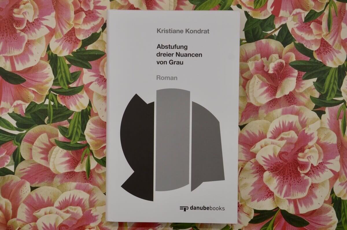 Abstufung dreier Nuancen von Grau Kristiane Kondrat.