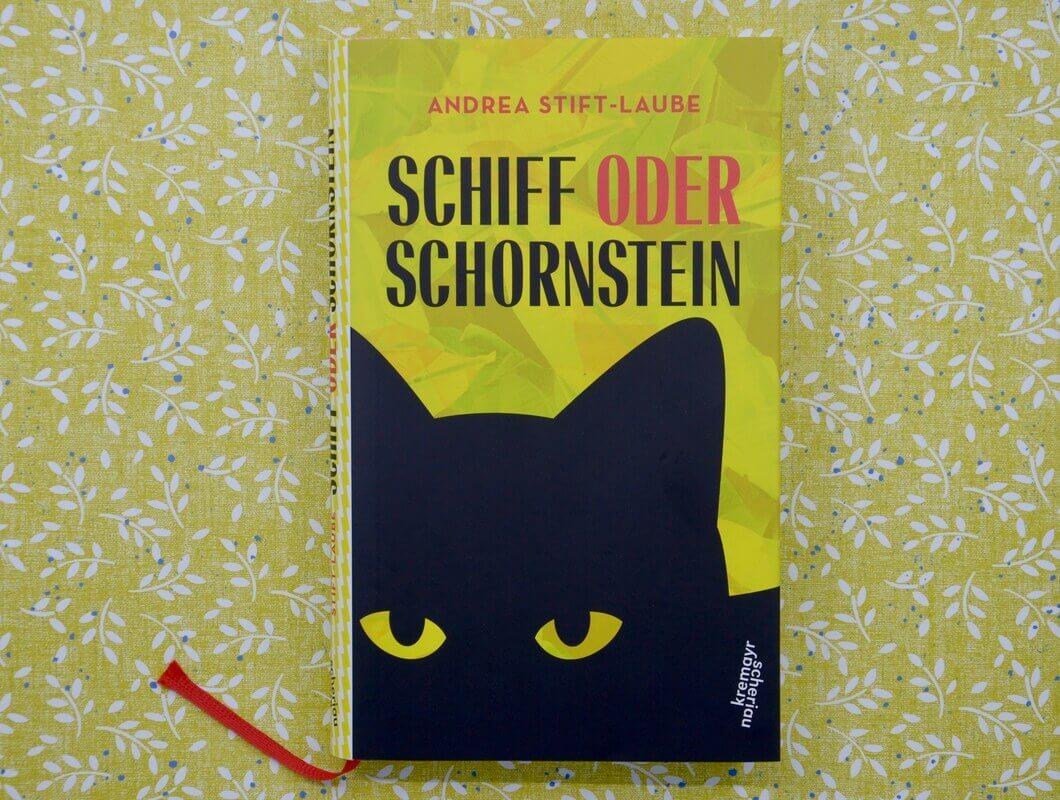 Schiff oder Schornstein von Andrea Stift-Laube.